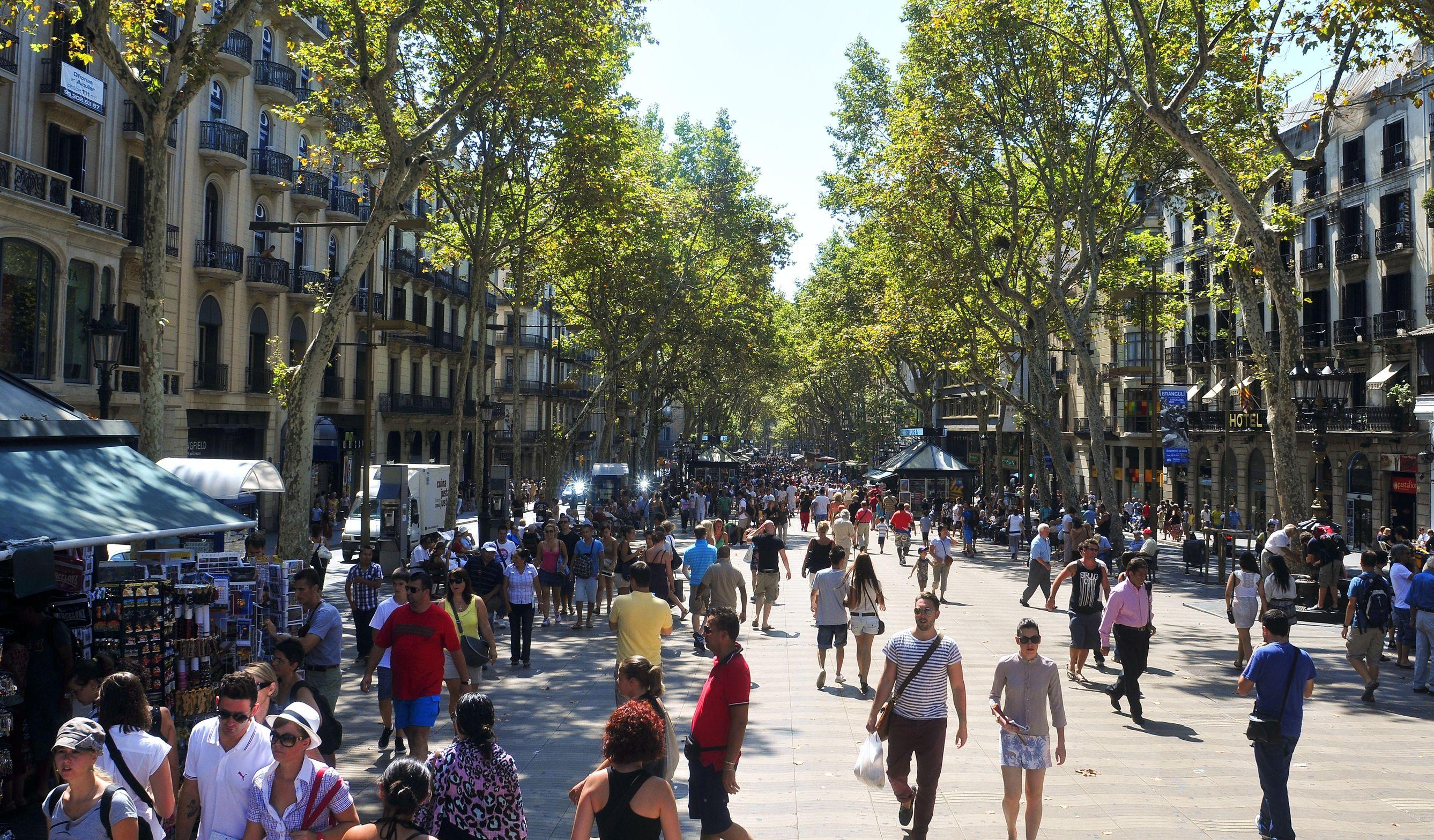 Barcelone ville blouissante gps monde - La maison du monde barcelona ...